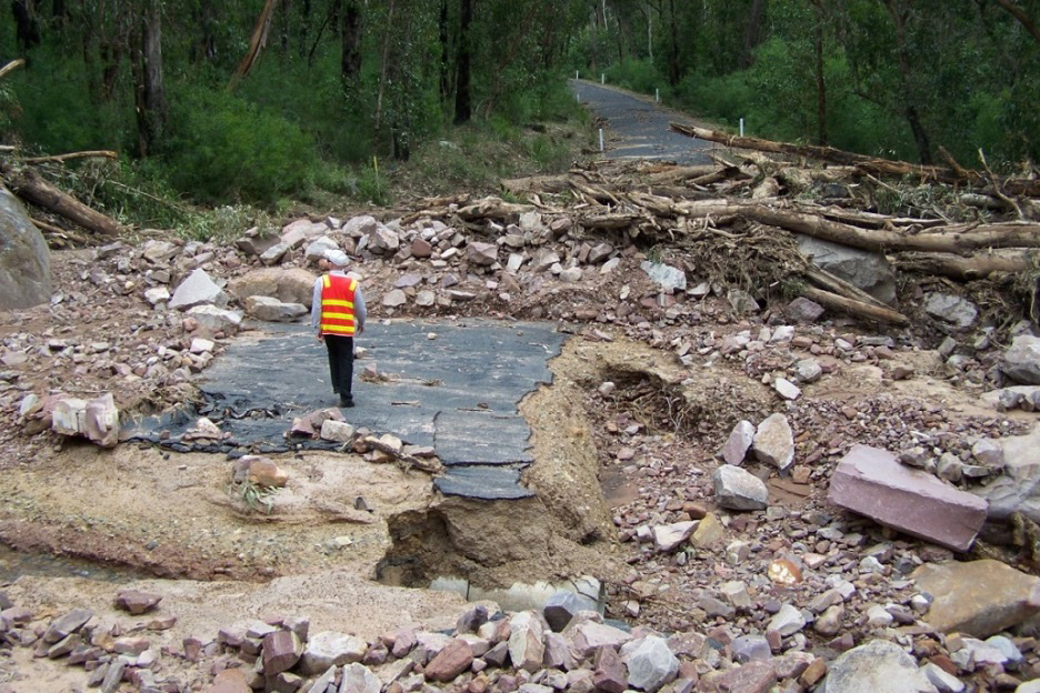 Measuring the economic, environmental and social impacts of landslides and floods in the Grampians region