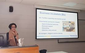 Alison Ollerenshaw presented  Federation University Higher Degree by Research (HDR) research conference